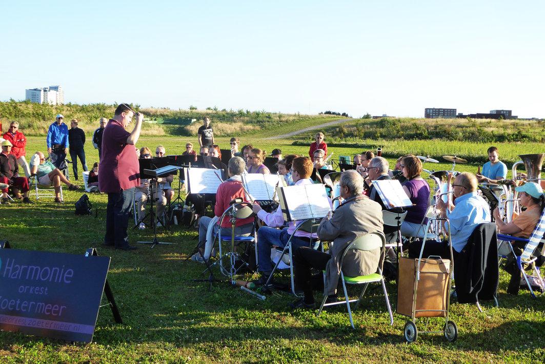 concert buitenlucht harmonie orkest zoetermeer